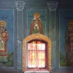 Восстановленные фрески правой стены